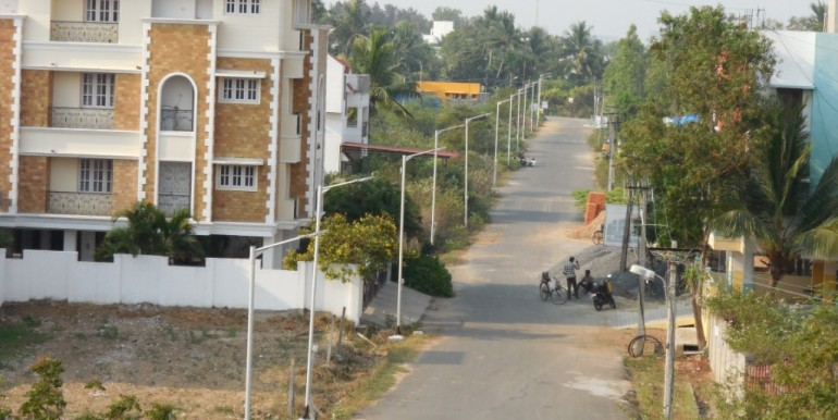 Actual Photo of Road leading to our site - Sri Nanda, Semmenchery Building